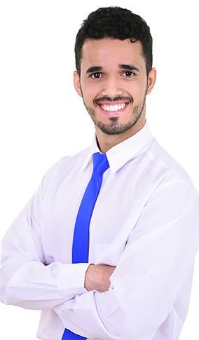 Eng. Rafael Nunes da Cunha, em traje social.